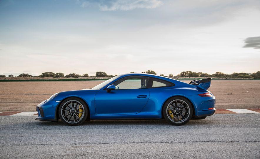 2018 Porsche 911 GT3 - Slide 7