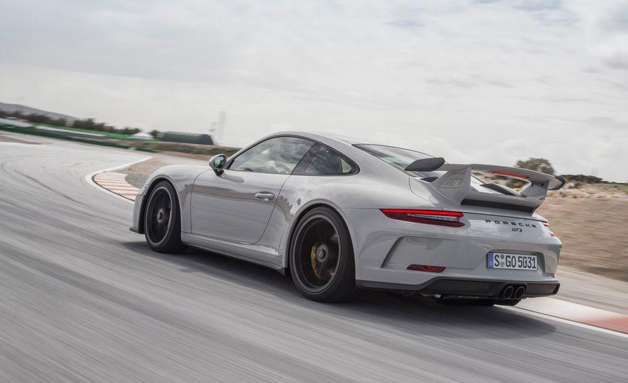 2018 Porsche 911 GT3 - Slide 59