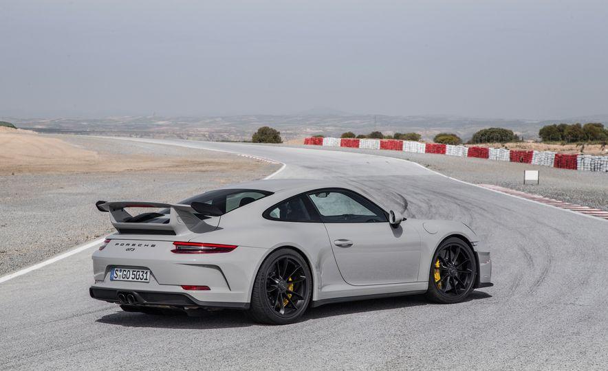 2018 Porsche 911 GT3 - Slide 63