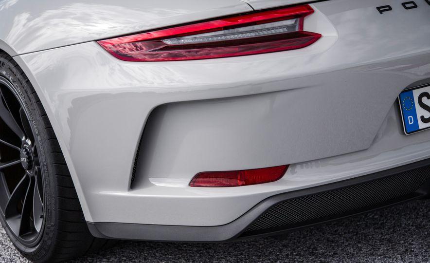 2018 Porsche 911 GT3 - Slide 68