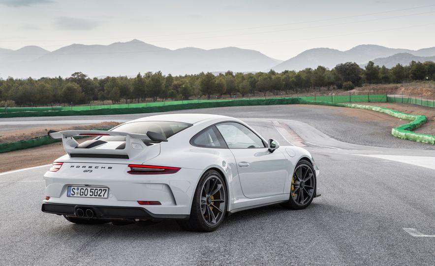 2018 Porsche 911 GT3 - Slide 96