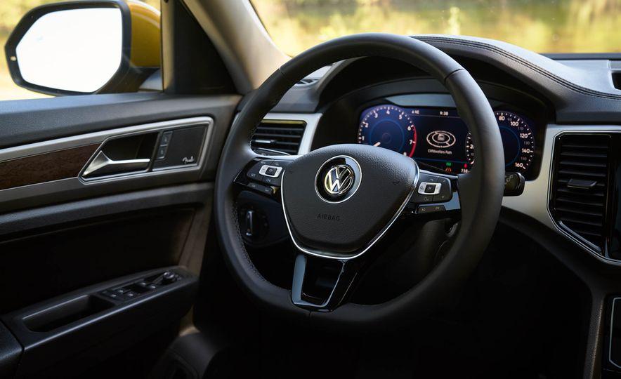 2018 Volkswagen Atlas - Slide 28