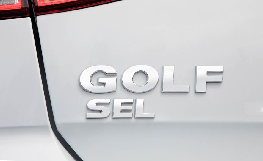 2018 Volkswagen Golf GTI - Slide 32