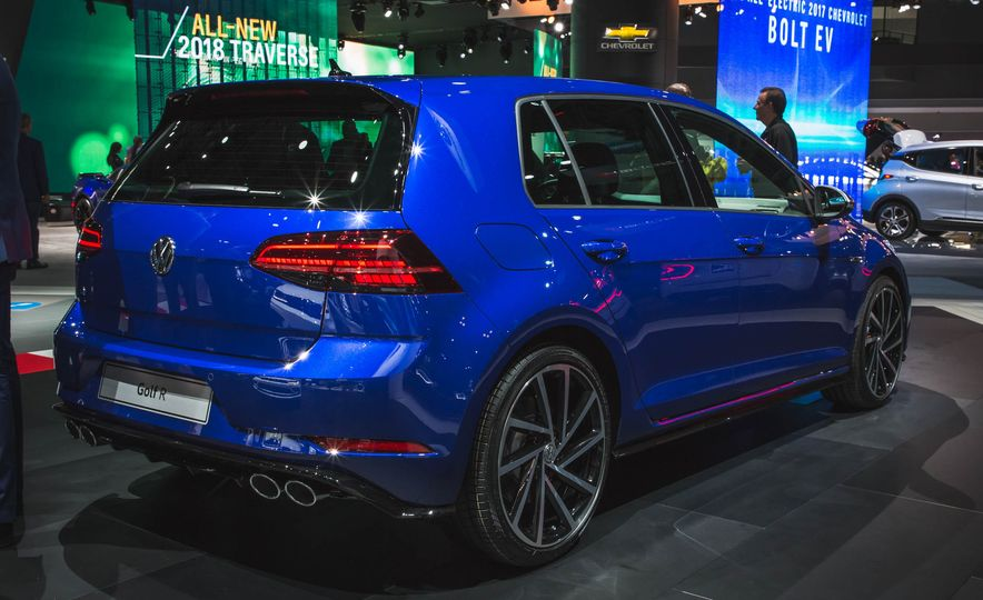 2018 Volkswagen Golf GTI - Slide 19