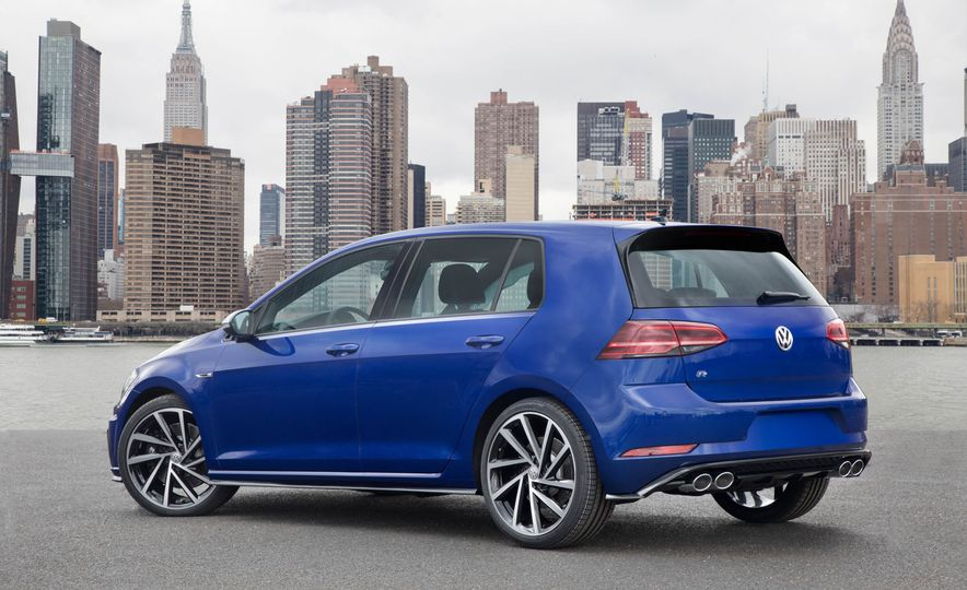 2018 Volkswagen Golf GTI - Slide 48