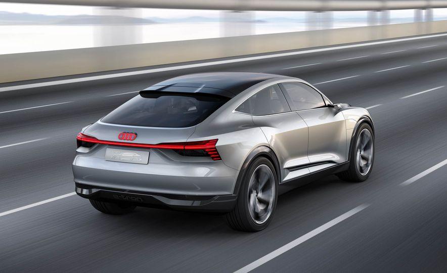 Audi e-tron Sportback concept - Slide 2