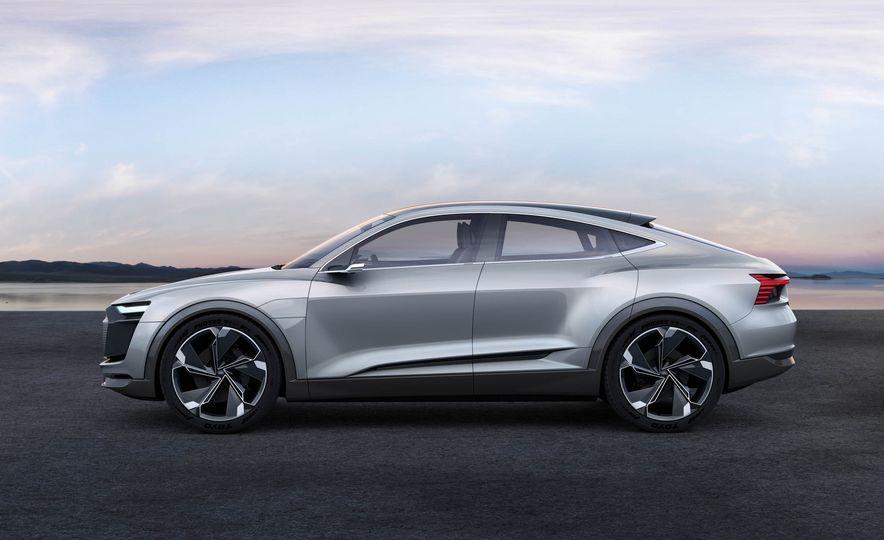 Audi e-tron Sportback concept - Slide 5