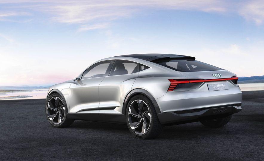 Audi e-tron Sportback concept - Slide 6