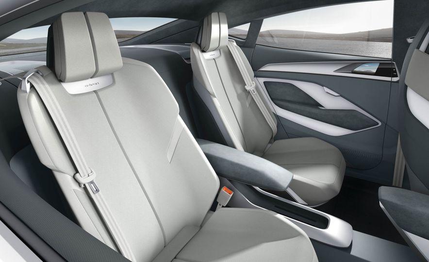 Audi e-tron Sportback concept - Slide 13