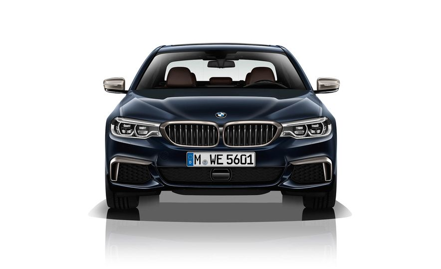 BMW M550d xDrive - Slide 1