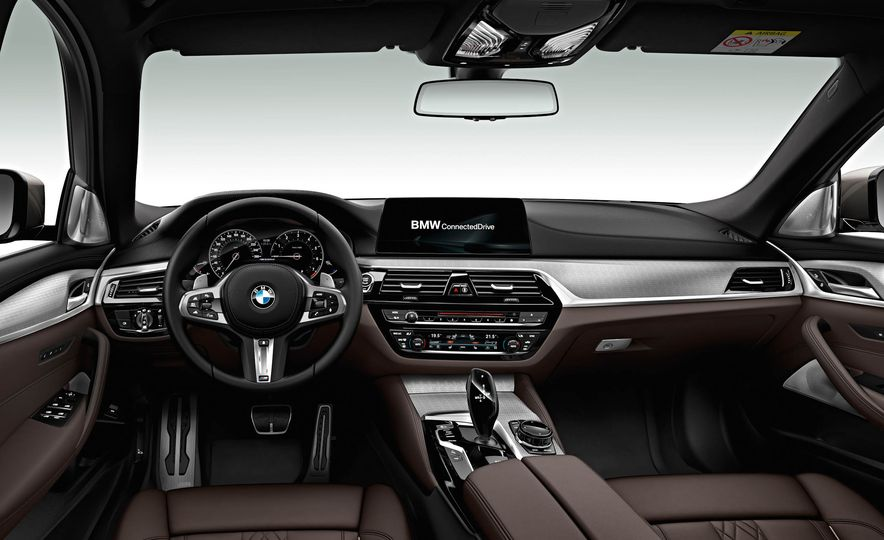 BMW M550d xDrive - Slide 12