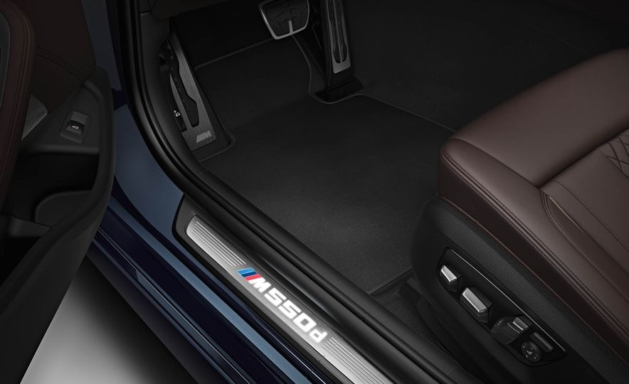 BMW M550d xDrive - Slide 14
