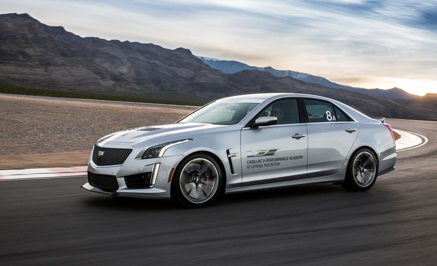 Cadillac V-Performance Academy - Slide 8