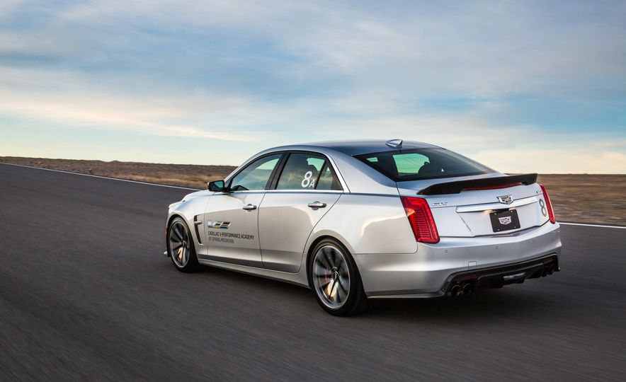 Cadillac V-Performance Academy - Slide 9