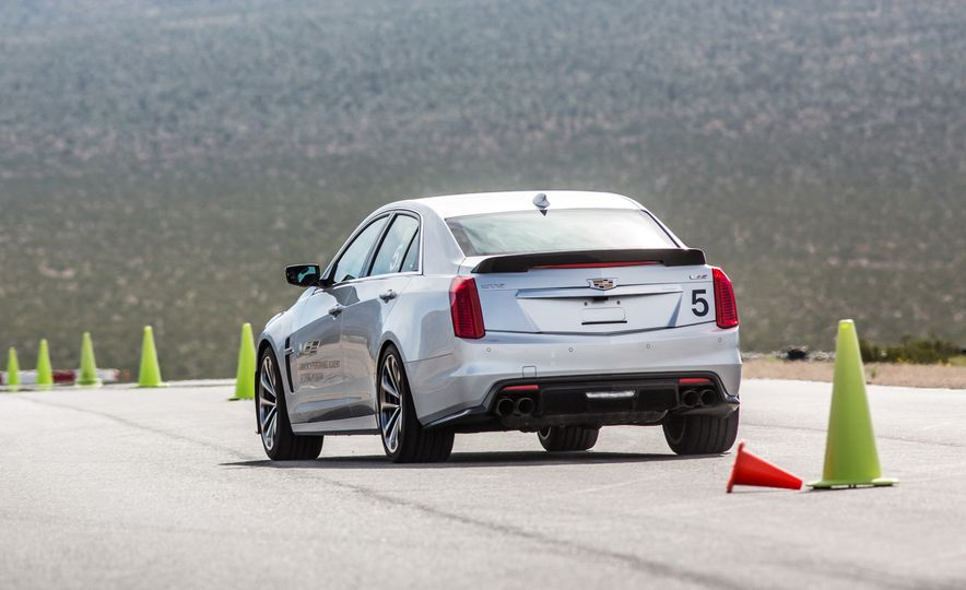 Cadillac V-Performance Academy - Slide 28