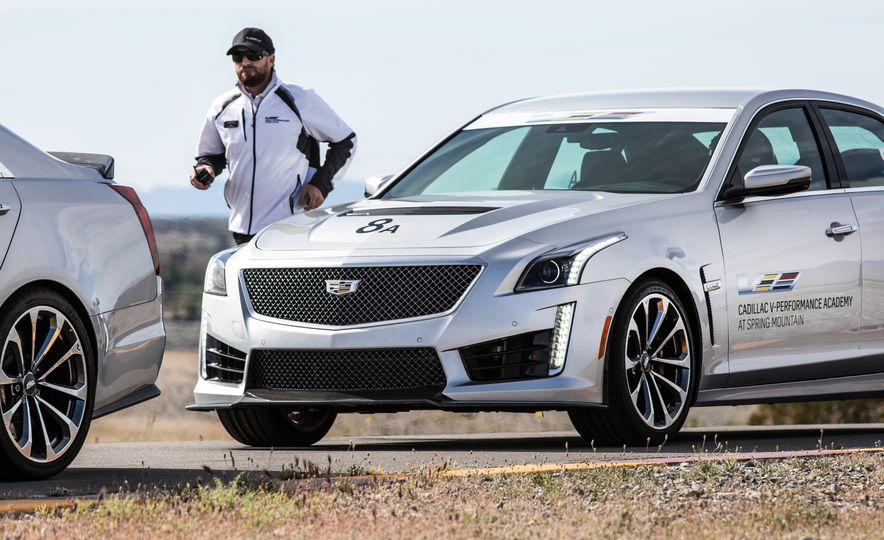 Cadillac V-Performance Academy - Slide 30