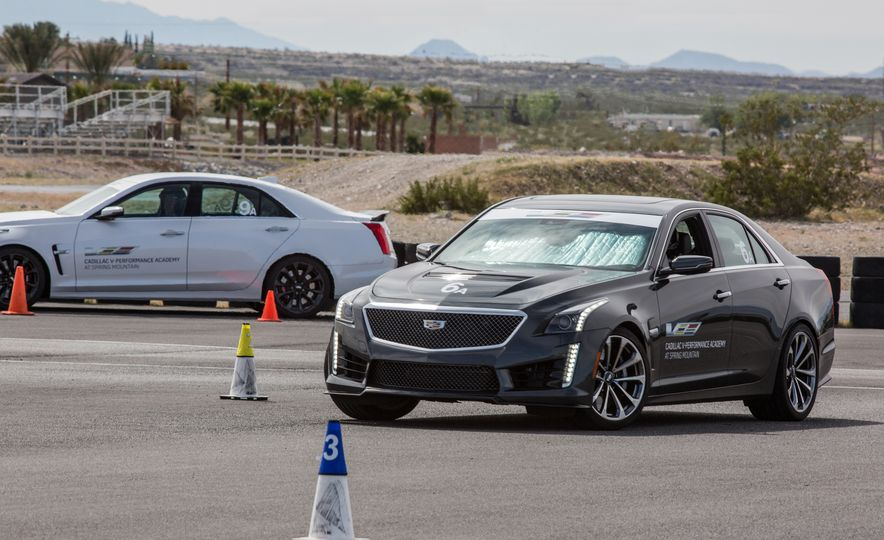 Cadillac V-Performance Academy - Slide 31