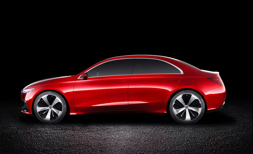 Small Is Beautiful? Mercedes Soon Will Offer Eight Front-Drive Models - Slide 7