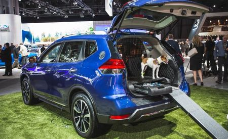 A CUV for the D-O-G: Nissan Unveils Fido-Friendly Rogue Dogue
