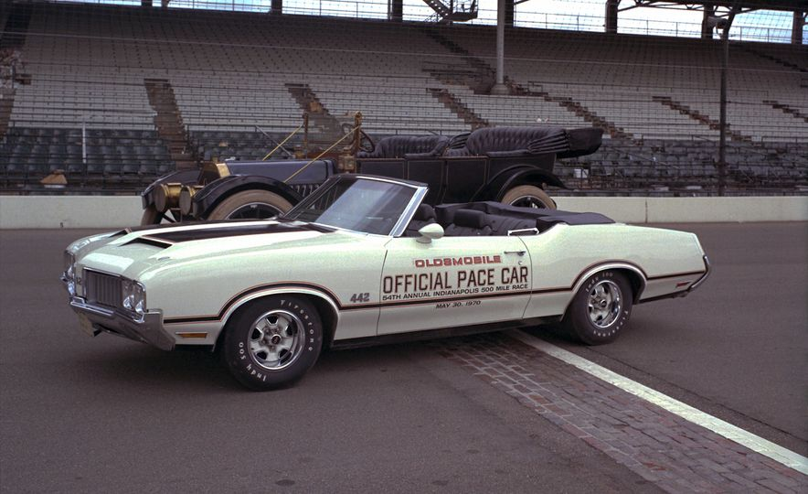 Leaders of the Pack: Our All-Time Favorite Indy 500 Pace Cars - Slide 16