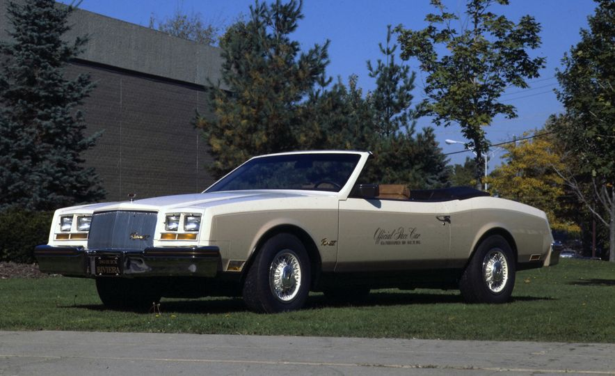 Leaders of the Pack: Our All-Time Favorite Indy 500 Pace Cars - Slide 22