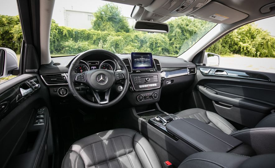 2016 Mercedes-Benz GLS450 - Slide 26