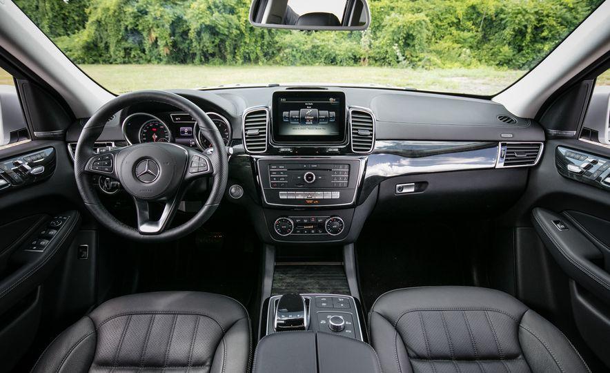 2016 Mercedes-Benz GLS450 - Slide 27