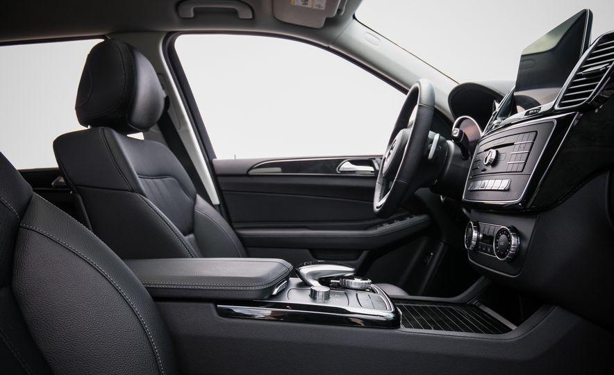 2016 Mercedes-Benz GLS450 - Slide 29