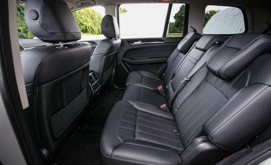2016 Mercedes-Benz GLS450 - Slide 33