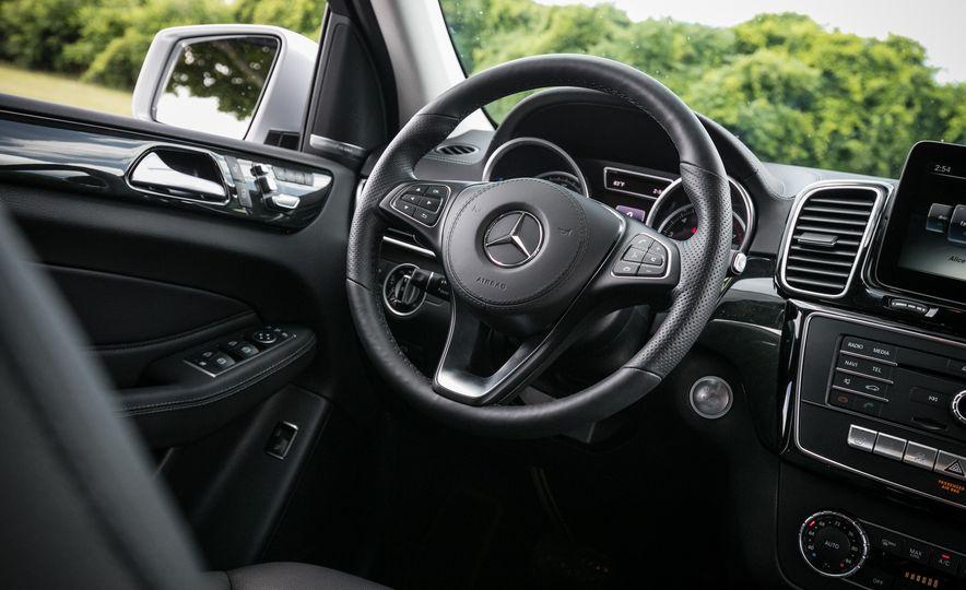 2016 Mercedes-Benz GLS450 - Slide 39