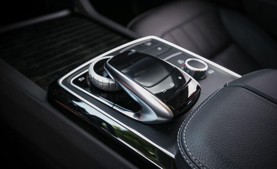 2016 Mercedes-Benz GLS450 - Slide 49
