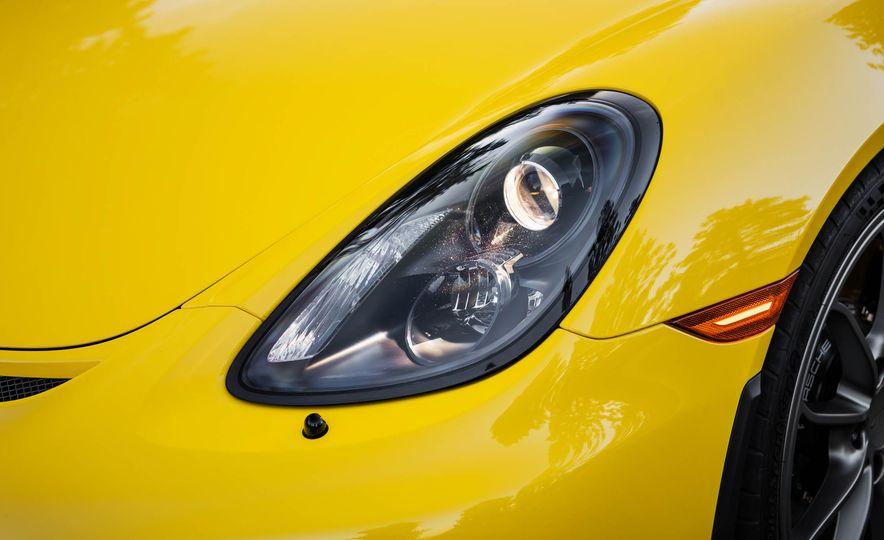 2016 Porsche Cayman GT4 - Slide 8