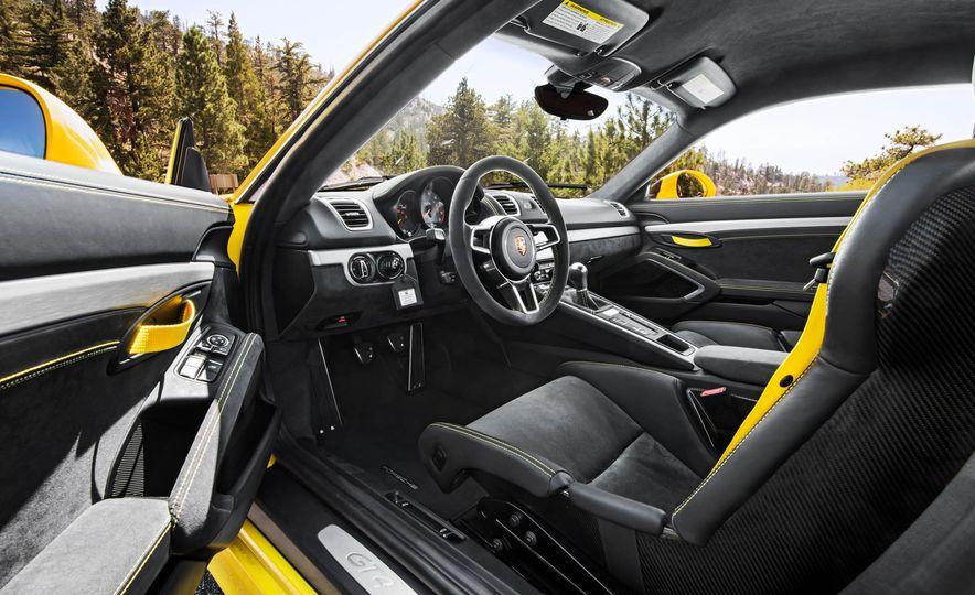 2016 Porsche Cayman GT4 - Slide 21