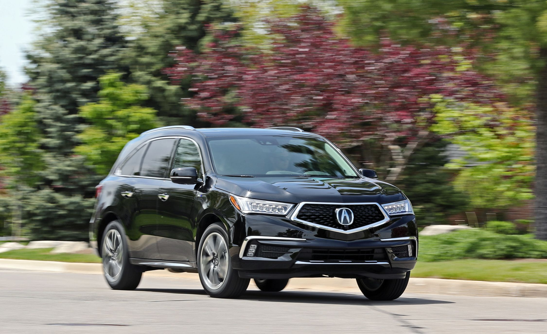 2019 Acura MDX Reviews | Acura MDX Price, Photos, and Specs | Car and Driver