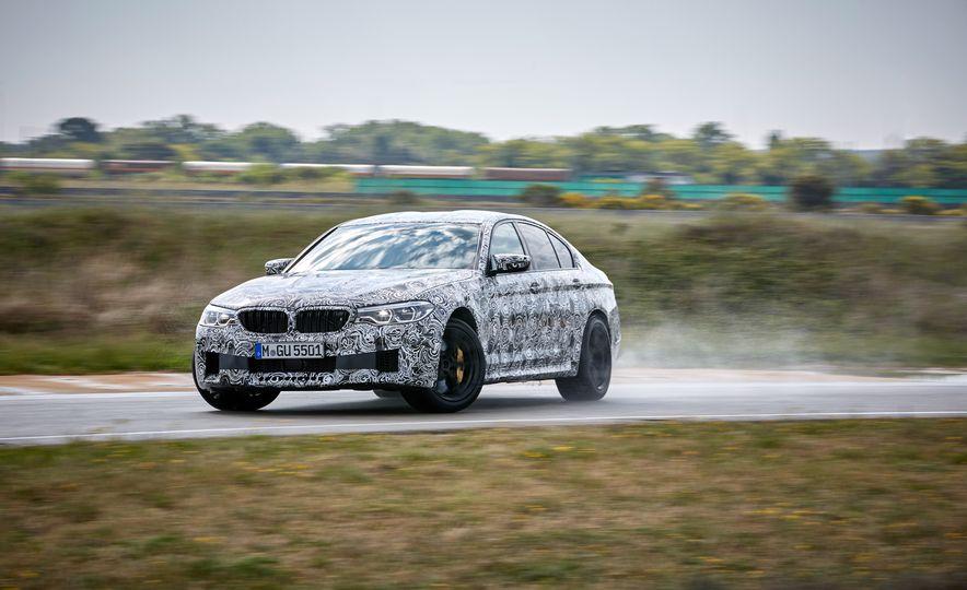 2018 BMW M5 prototype - Slide 1