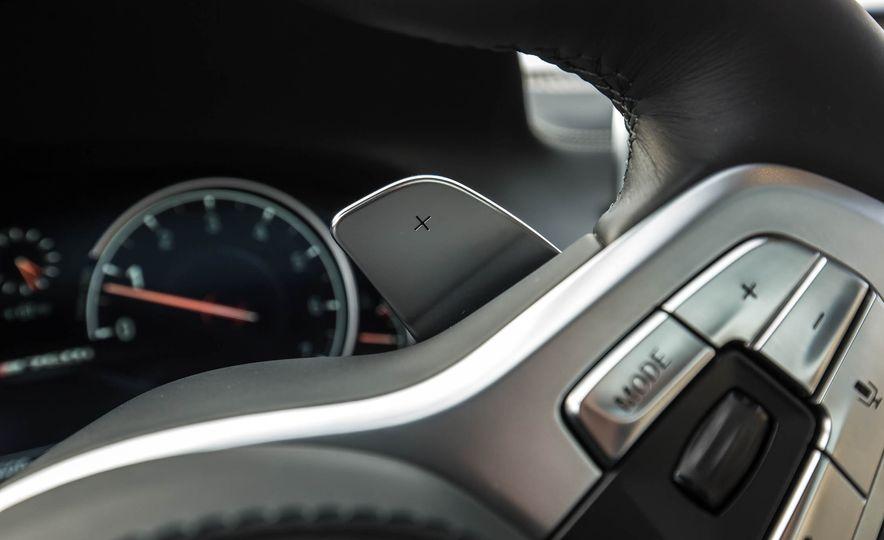 2017 BMW M760i - Slide 42