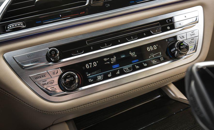 2017 BMW M760i - Slide 53
