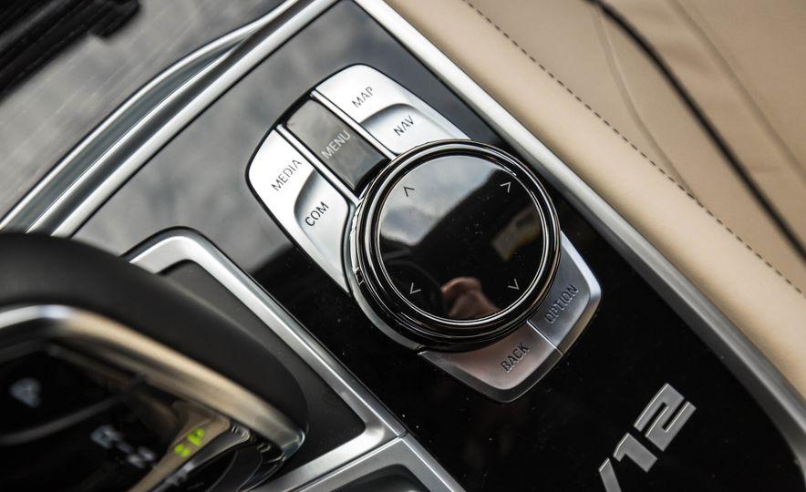 2017 BMW M760i - Slide 59