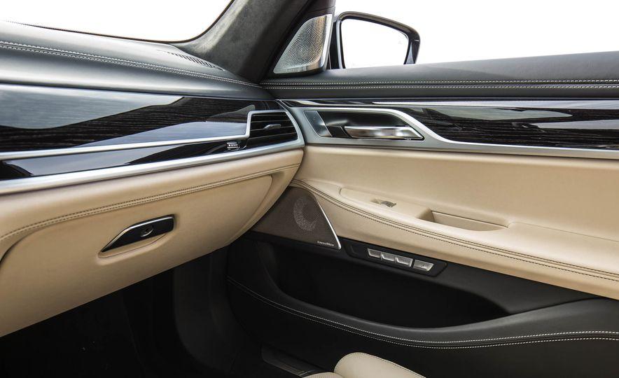 2017 BMW M760i - Slide 60