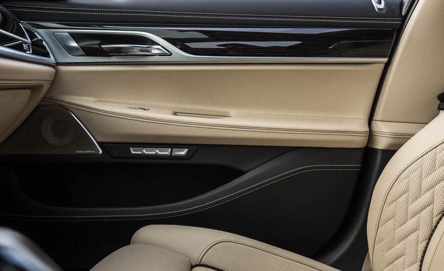 2017 BMW M760i - Slide 61