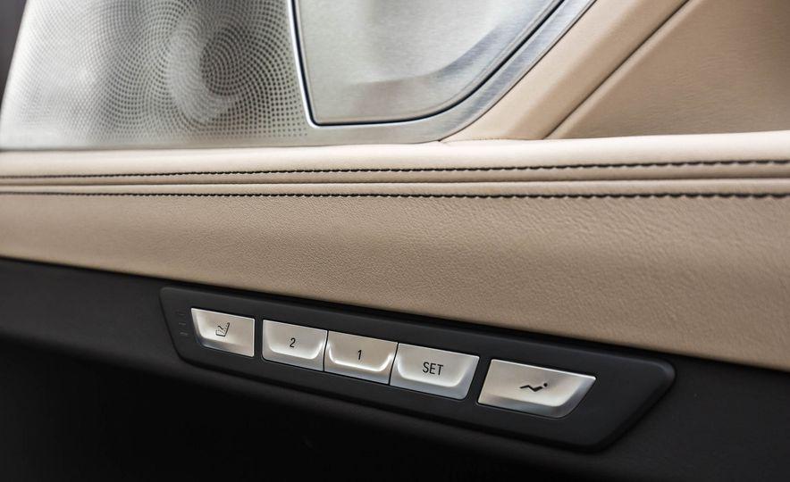 2017 BMW M760i - Slide 83