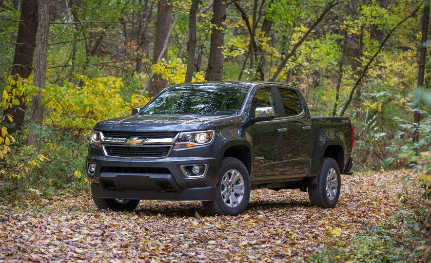 2017 Chevrolet Colorado - Slide 9