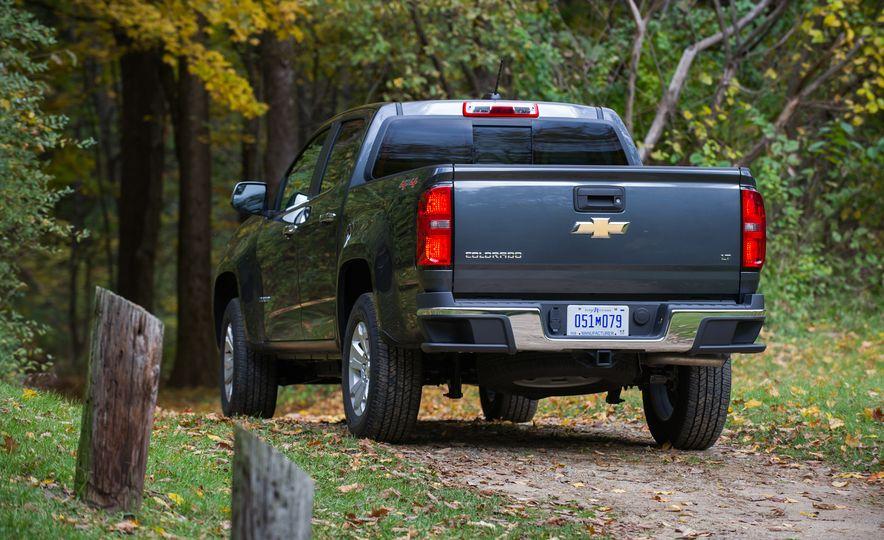 2017 Chevrolet Colorado - Slide 14