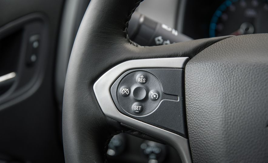 2017 Chevrolet Colorado - Slide 52
