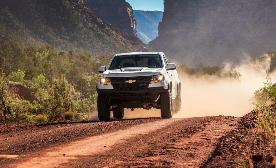 2017 Chevrolet Colorado ZR2 - Slide 4