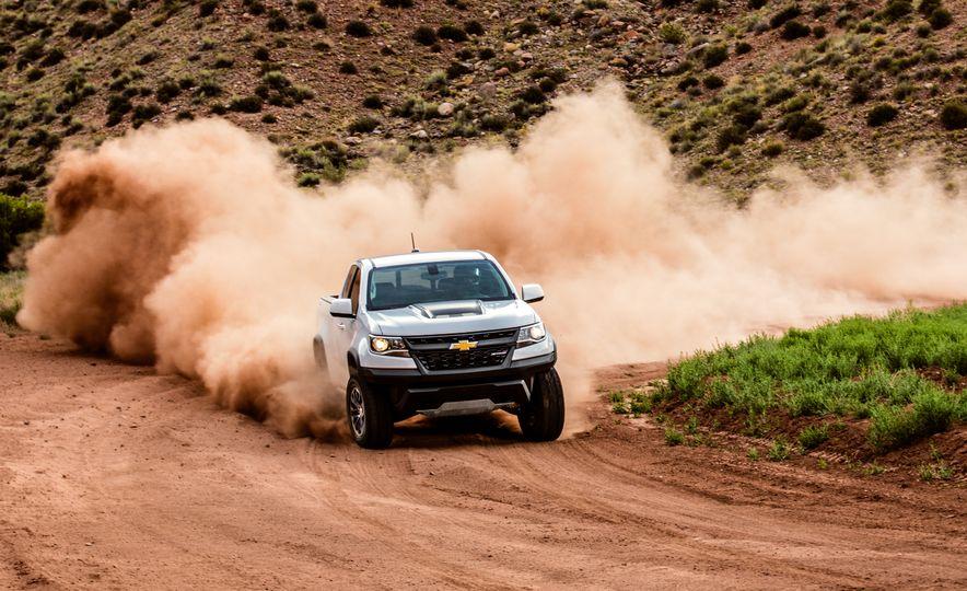 2017 Chevrolet Colorado ZR2 - Slide 6