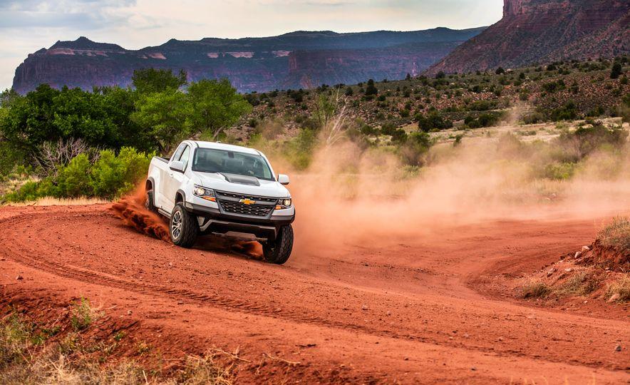 2017 Chevrolet Colorado ZR2 - Slide 9