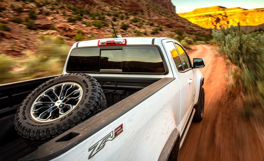 2017 Chevrolet Colorado ZR2 - Slide 14