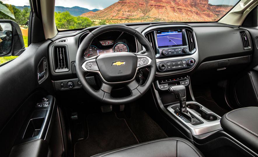2017 Chevrolet Colorado ZR2 - Slide 31