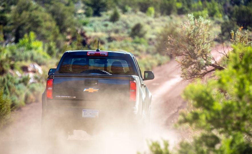 2017 Chevrolet Colorado ZR2 - Slide 39